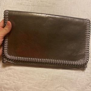 Phase3 Gray Metallic Clutch